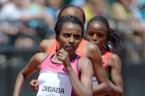 Ethiopia's Tirunesh Dibaba on her way to victory (Kirby Lee)
