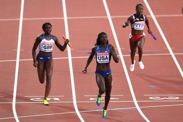 Tori Bowie anchors the USA to 4x100m victory at the IAAF World Championships London 2017 (Getty Images)