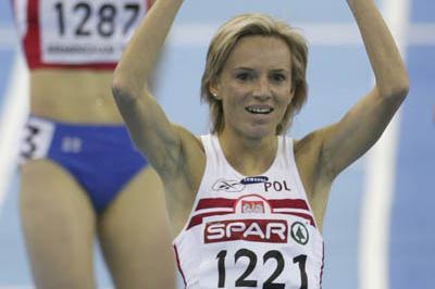 Lidia Chojecka celebrates her 1500m gold in Birmingham (Getty Images)