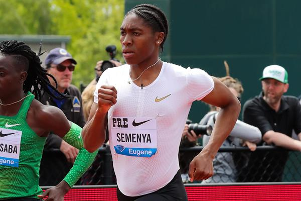 Caster Semenya on the way to a Eugene 800m meeting record (Victah Sailer)