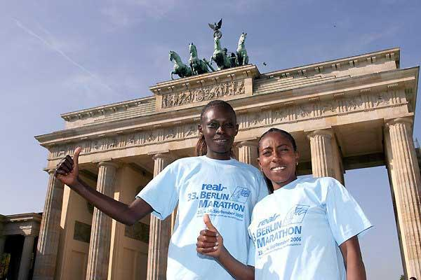 Salina Kosgei and Gete Wami in Berlin (Victah Sailer)