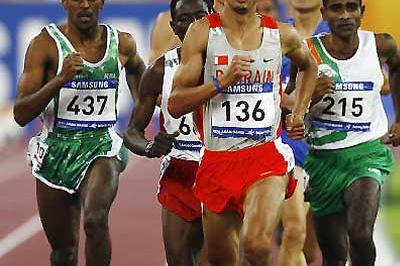 Mohammed Othman Shaween (KSA) - no. 437, far left - running in last December's Asian Games. he won the 1500m title at the Asian Champs in Amman (Getty Images)