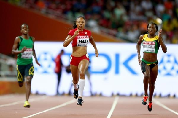 Allyson Felix wins her 400m semi-final at the IAAF World Championships, Beijing 2015 (Getty Images)