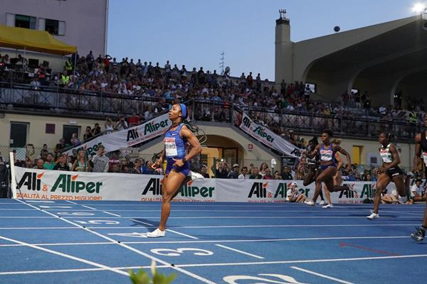 Shelly-Ann Fraser-Pryce takes another 100m win in Padua (Massimo Bertolini/organisers)