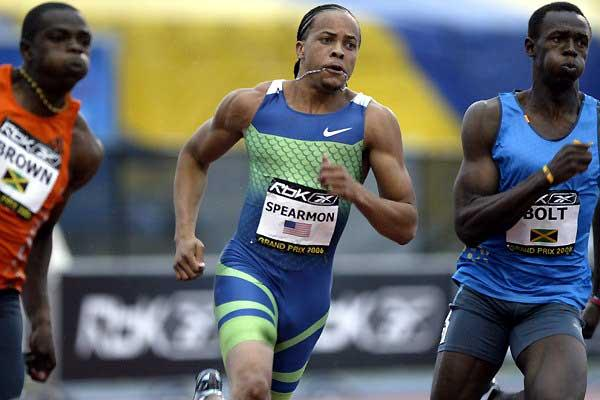 Wallace Spearmon next to Usain Bolt in New York (Victah Sailer)