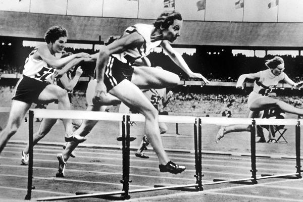 Australian sprint hurdler Shirley Strickland de la Hunty (Getty Images)