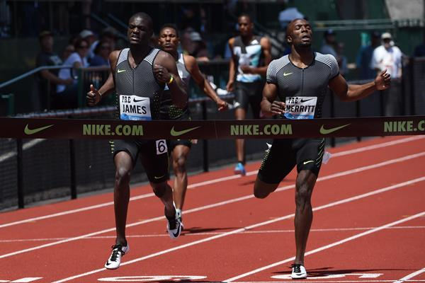 Kirani James wins the 400m at the IAAF Diamond League meeting in Eugene (Kirby Lee)