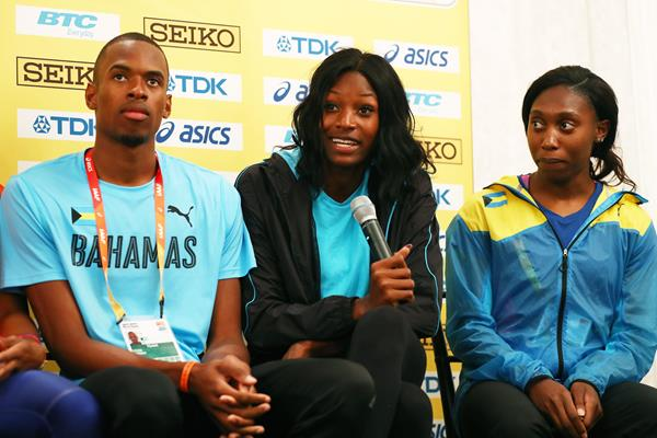 Bahamian athletes Steven Gardiner, Shaunae Miller-Uibo and Antonique Strachan at the press conference ahead of the IAAF/BTC World Relays Bahamas 2017 (Getty Images)