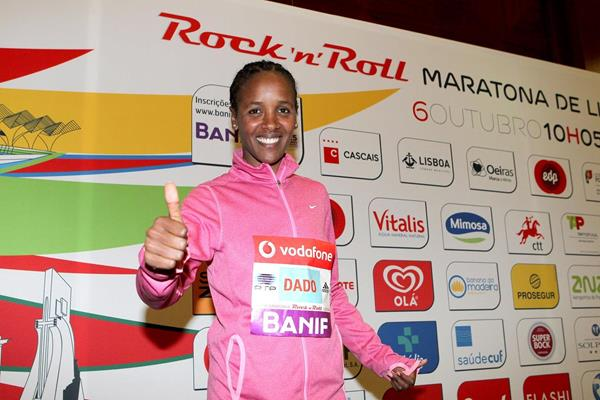 Firehiwot Dado ahead of the 2013 Rock'n'Roll Vodafone Half Marathon of Portugal in Lisbon  (Andrew McClanahan - PhotoRun / organisers)