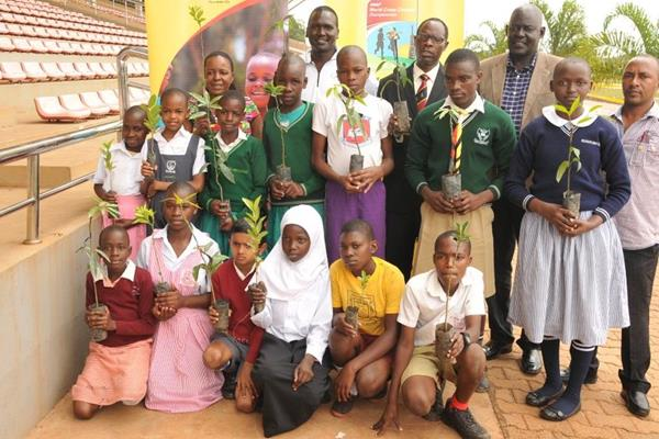 Paul Tergat at a launch of a tree-planting project in Kampala (Kampala 2017 LOC)