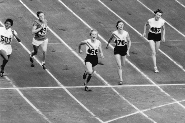 Betty Cuthbert (468) wins the 1956 Olympic 100m title (Getty Images)