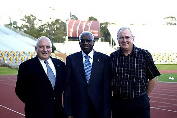 Brisbane RDC Opening - L to R Oceania Area Representative and IAAF Council Member Bill Bailey, IAAF President Lamine Diack and Director RDC Brisbane Reg Brandis (Daryl Cross - PhotoAction)