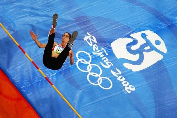 Tia Hellebaut competes in the Olympic high jump final (Getty Images)