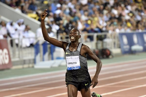 Conseslus Kipruto winning the 3000m steeplechase at the 2016 IAAF Diamond League in Doha (Hasse Sjogren)