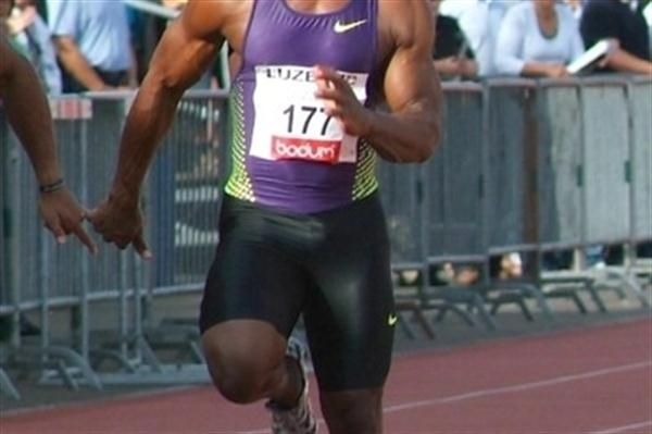 Nesta Carter scorches to a 9.86 victory in Notwil (Lorenzo Sampaolo)