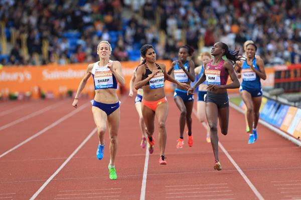 Lynsey Sharp winning the 800m at the 2014 IAAF Diamond League meeting in Birmingham (Jean-Pierre Durand)