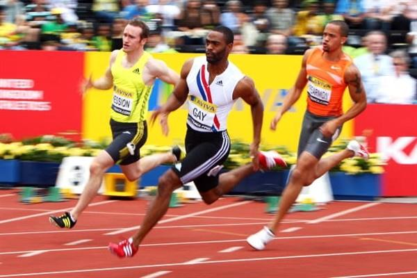 Tyson Gay runs to an easy 20.00 sec 200m win in London (Getty Images)