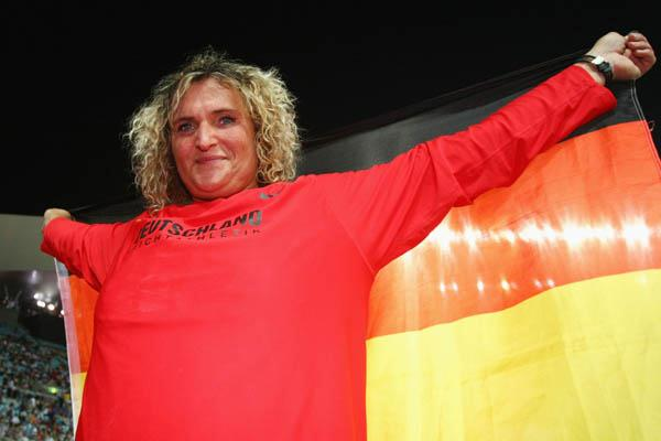 Franka Dietzsch of Germany celebrates winning the Discus Throw in Osaka (Getty Images)