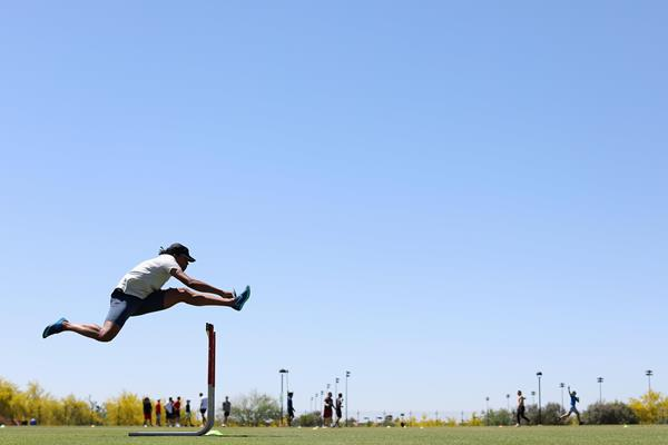 Aries Merritt training in Scottsdale, Arizona (Getty Images)