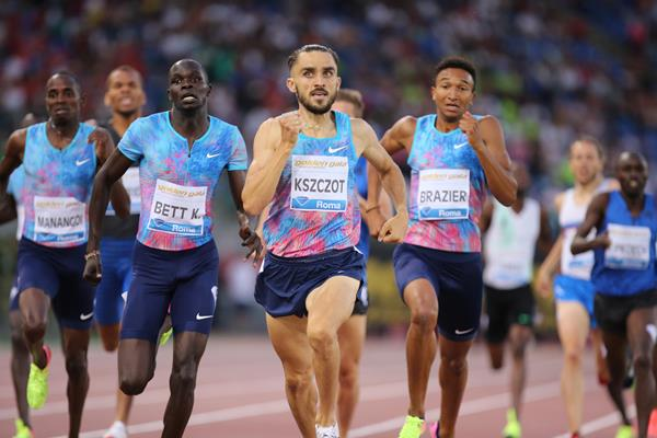 Adam Kszczot holds off Kipyegon Bett to take a close tactical win at the IAAF Diamond League meeting in Rome (Philippe Fitte)