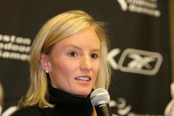 Shalane Flanagan in Boston prior to her 8:33.25 national 3000m record (Victah Sailer)