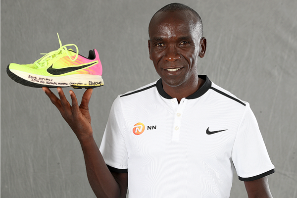 Eliud Kipchoge with his Rio Olympic shoe (Giancarlo Colombo)