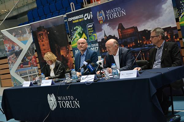 The press conference for the IAAF World Indoor Tour meeting in Torun (Organisers / Bartosz Jedrzejewski)