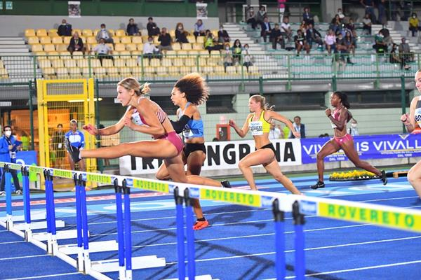 Luminosa Bogliolo on her way to winning the 100m hurdles in Rovereto (Luca Perenzoni)