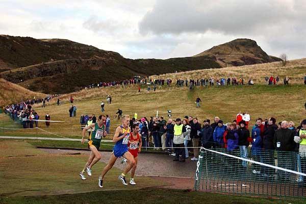 Holyrood Park, Edinburgh - Sergiy Lebid (UKR) leads the 2003 European XC Champs (Getty Images)