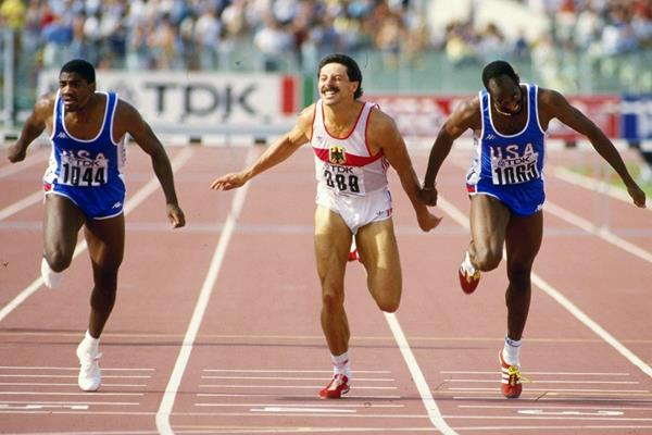 Ed Moses wins the 400m hurdles at the 1987 IAAF World Championships in Rome (AFP / Getty Images)