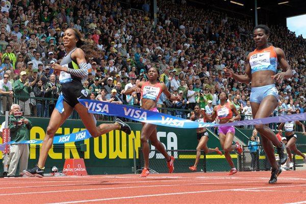 Sanya Richards-Ross wins the 400m in Eugene (Kirby Lee - Image of Sport)