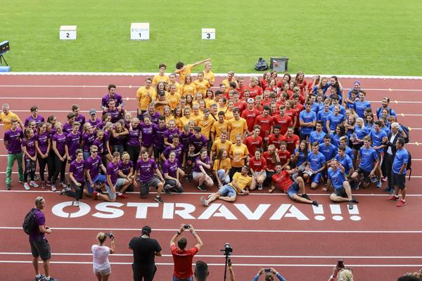 Regional high school athletes at the Continental Cup test event in Ostrava (Ostrava 2018 LOC)