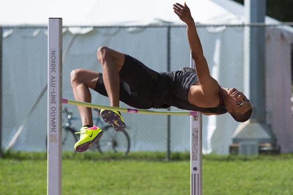 Pierce Lepage in the decathlon high jump in Ottawa (Brian Rouble / organisers)