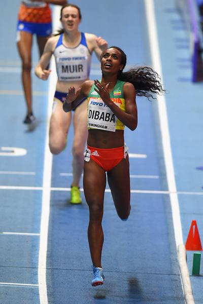 Genzebe Dibaba Birmingham Wrap 3 ()