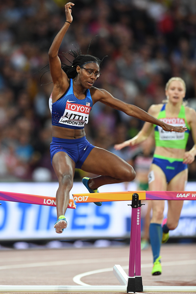 Shamier Little Breaks a Hurdle Wrap ()