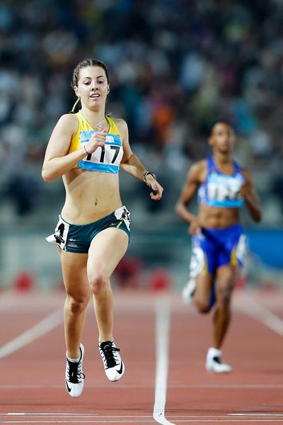 Jessica Thornton winning the 400m at the 2014 Youth Olympic Games (Getty Images)