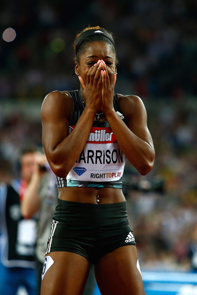 Keni Harrison reacts after breaking the 100m hurdles world record ()