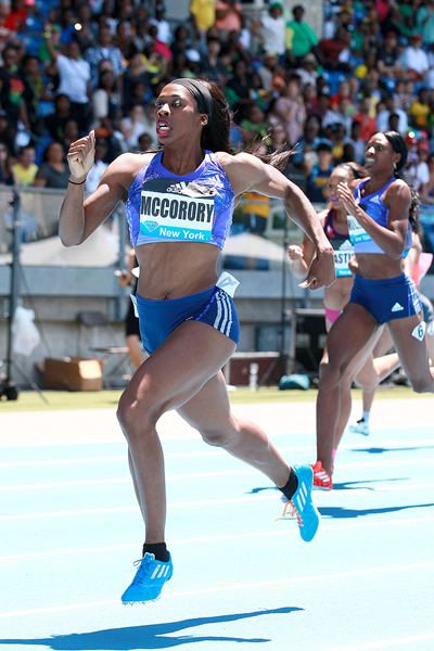 Francena McCorory wins the 400m at the IAAF Diamond League meeting in New York (Victah Sailer)