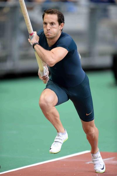 Renaud Lavillenie, winner of the pole vault at the IAAF Diamond League meeting in Paris (Jiro Mochizuki)