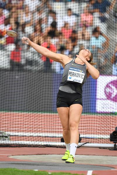 Sandra Perkovic winning again, this time at the IAAF Diamond League meeting in Paris (Jiro Mochizuki)