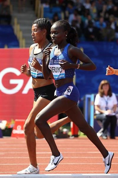 Vivian Cheruiyot in the 5000m at the 2016 IAAF Diamond League meeting in Birmingham (Jean-Pierre Durand)