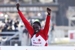 Yasemin Can successfully defends her European cross country title (Getty Images)