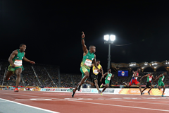 Akani Simbine wins Commonwealth 100m gold (Getty Images)