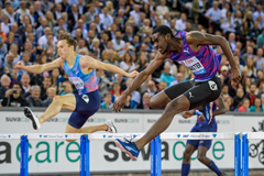 Kyron McMaster in the 400m hurdles at the IAAF Diamond League final in Zurich (AFP / Getty Images)