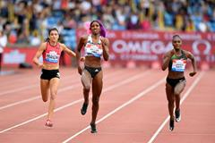 Shaunae Miller-Uibo wins the Birmingham 200m showdown (Jiro Mochizuki)