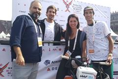 "Kunak Technologies Business Development Manager Miguel Escribano, Mexico City Marathon Director Javier Carvallo, Stephanie Montero, lead coordinator of Air Quality and Health Projects at SEDEMA, and local professional bicyclist Luis Eduardo ""Lalo"" Gonzalez (Kunak)"