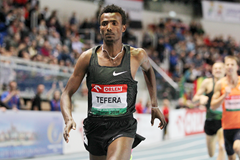 Samuel Tefera wins the 1500m at the IAAF World Indoor Tour meeting in Torun (Jean-Pierre Durand)