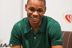 Warren Weir speaks to the press in Monaco (Philippe Fitte / IAAF)