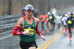 Yuki Kawauchi in action at the Boston Marathon (Kevin Morris / Photorun)