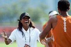 Tonja Buford-Bailey coaches Texas Longhorns (Tonja Buford-Bailey)